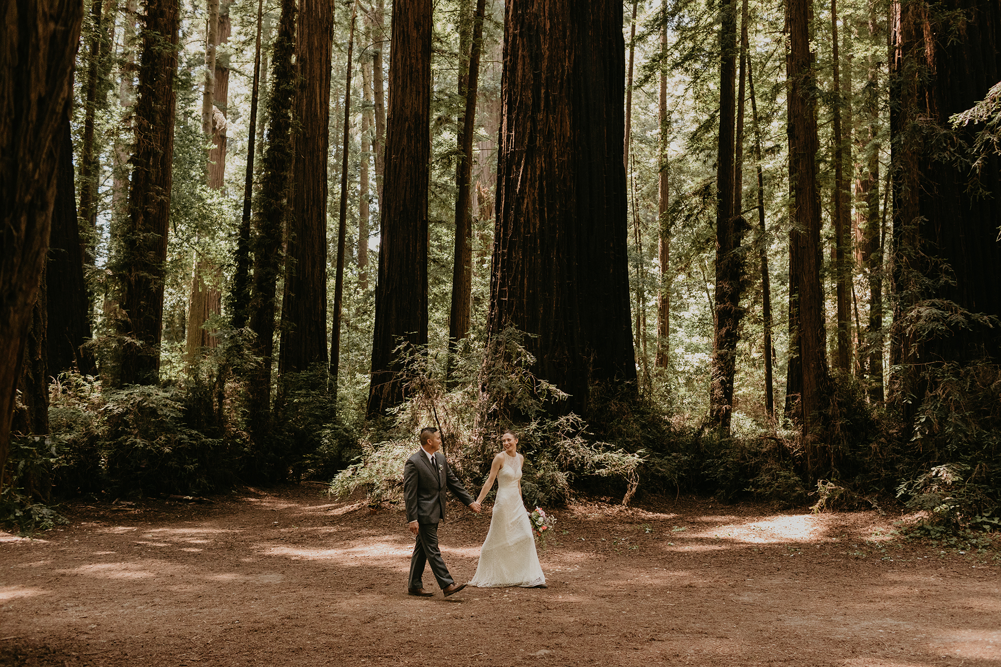 Santa Cruz wedding at roaring camp
